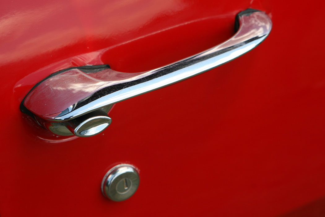 Door Handle - New Look Auto in Haymarket, VA